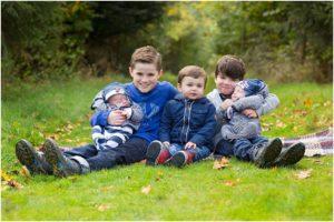 Family outdoor photoshoot Winchester #familyphotographer