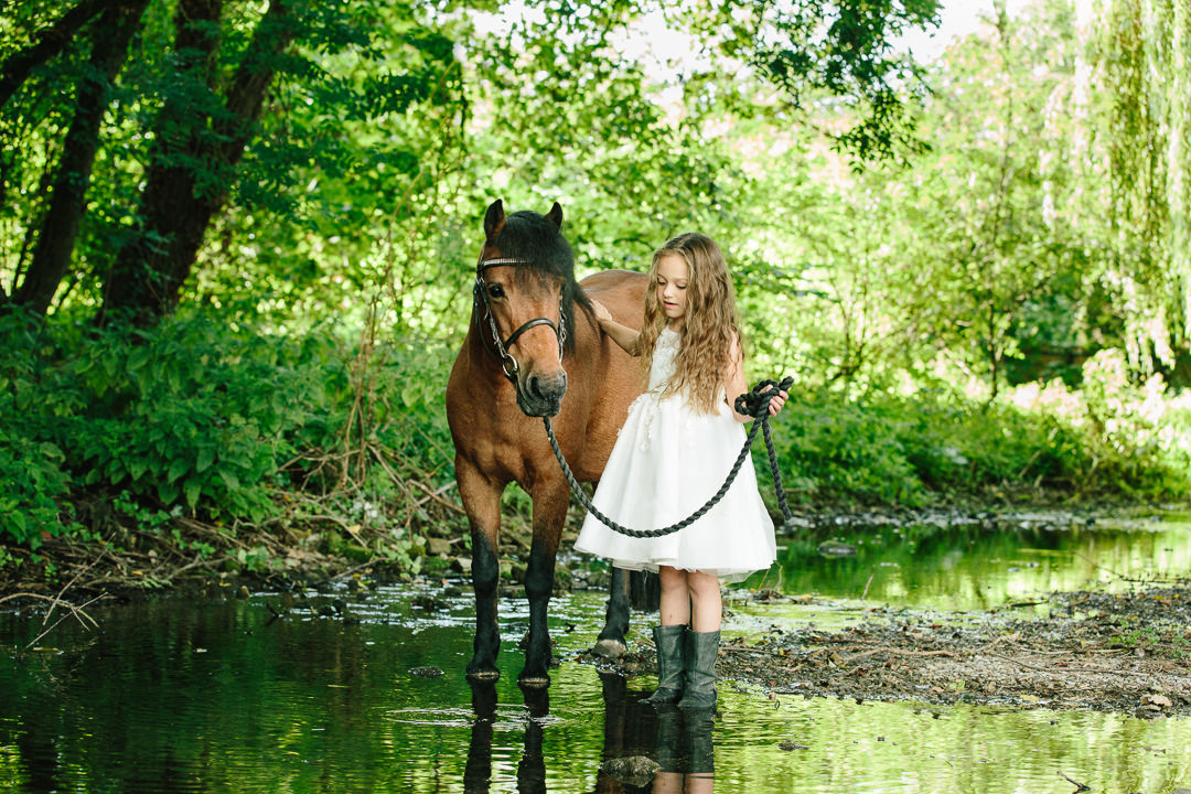 Hampshire child and pony photography #familyphotographer